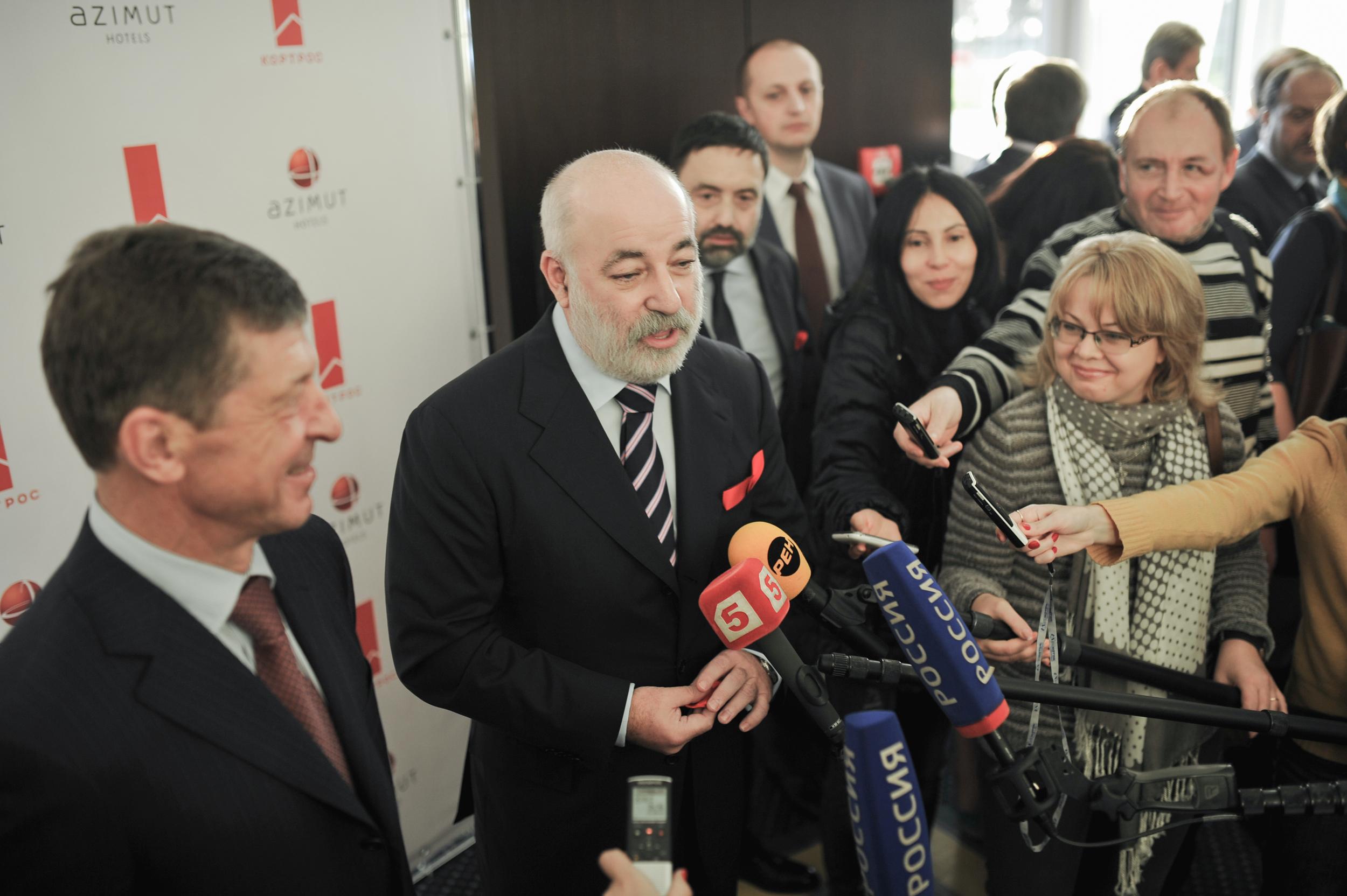 Виктор Вексельберг - 2, Председатель Совета директоров Группы компаний Ренова